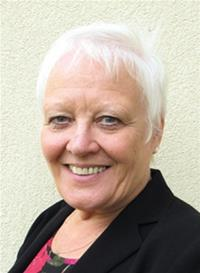 Cllr Helen Grant